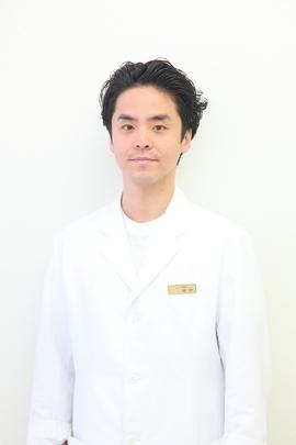 院長 田中 文盛